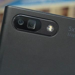 Oppo 5X : nous avons testé le zoom périscopique étonnant du MWC 2017