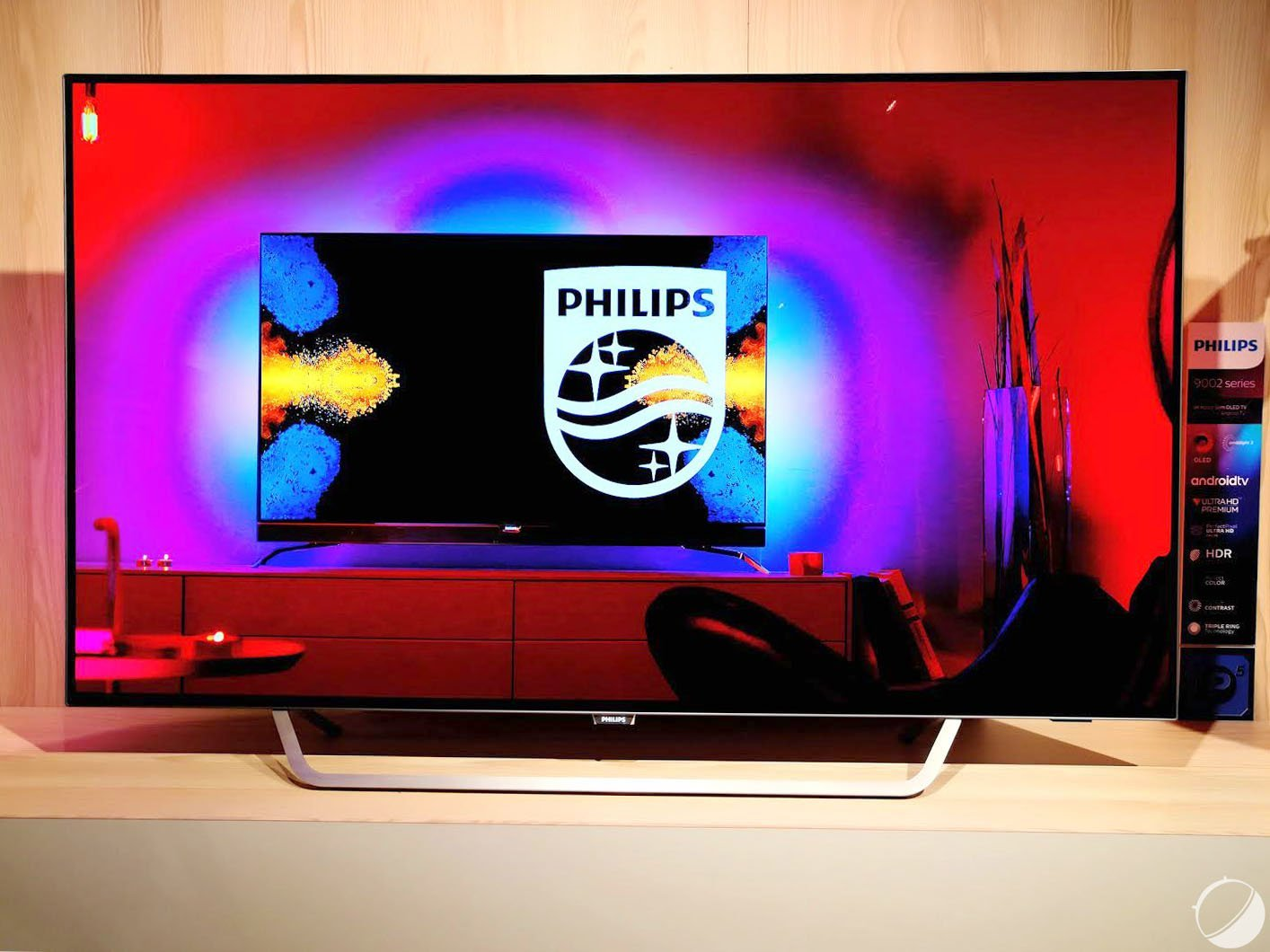 Philips 55POS9002 : TP Vision renouvelle son OLED sous Android TV
