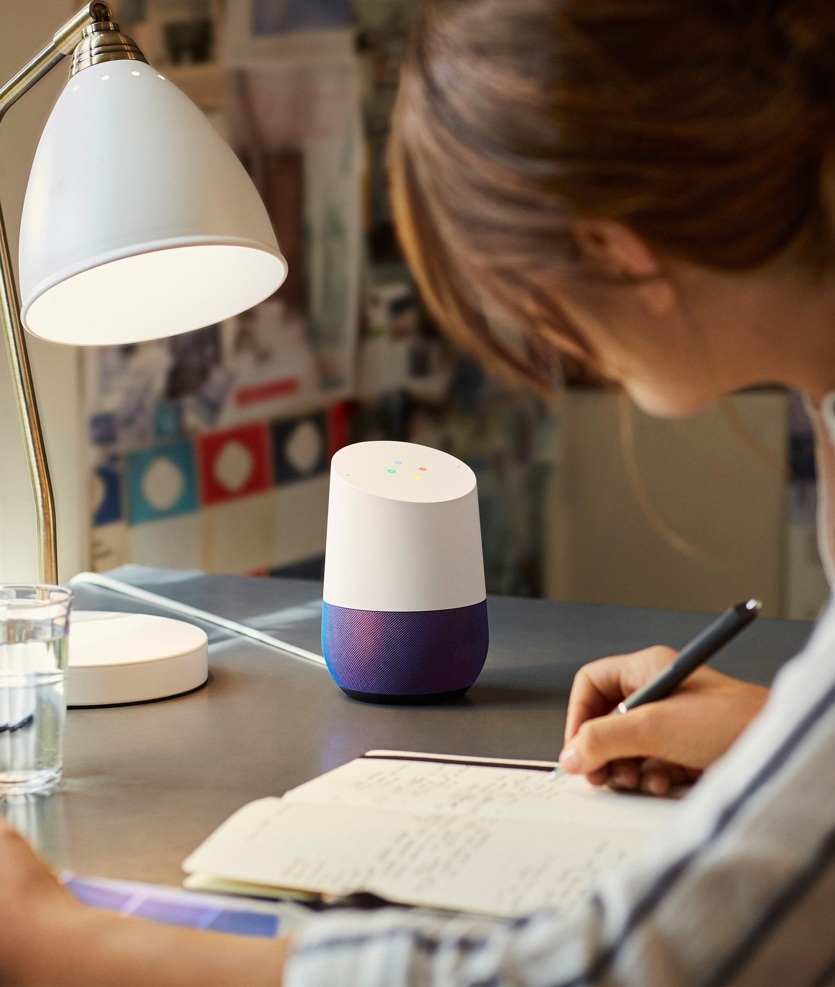 Google Home débarque au Canada et apprend le français
