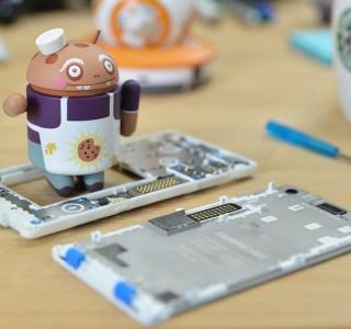 On a démonté le Fairphone 2 en direct avec vous !
