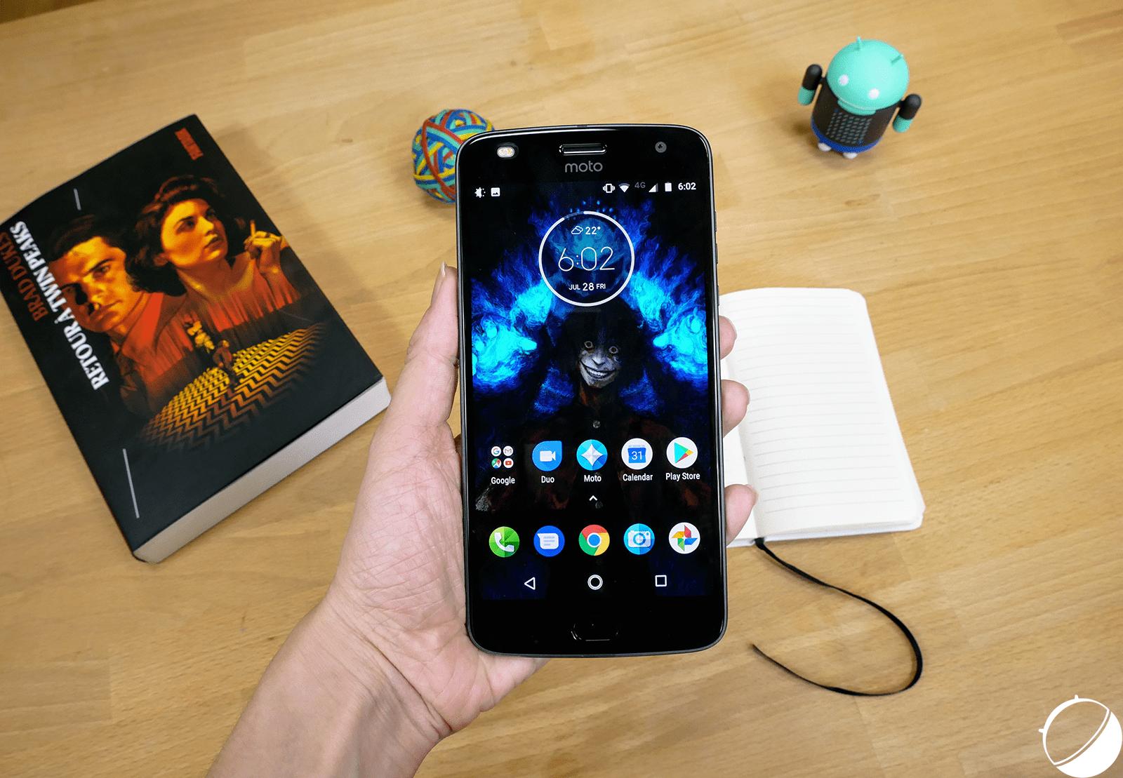Test du Motorola Moto Z2 Play : le meilleur du milieu de gamme ?