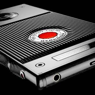 RED Hydrogen One : le 1er smartphone à écran holographique dévoile ses caractéristiques