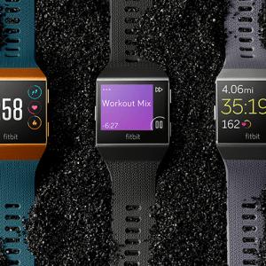 Fitbit Ionic : la course des montres connectées amorce un tournant