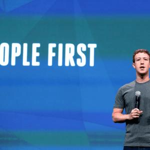 Facebook «détruit la trame de notre société», culpabilise un ancien responsable