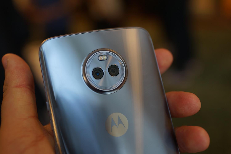 Motorola prépare une version Android One du Moto X4