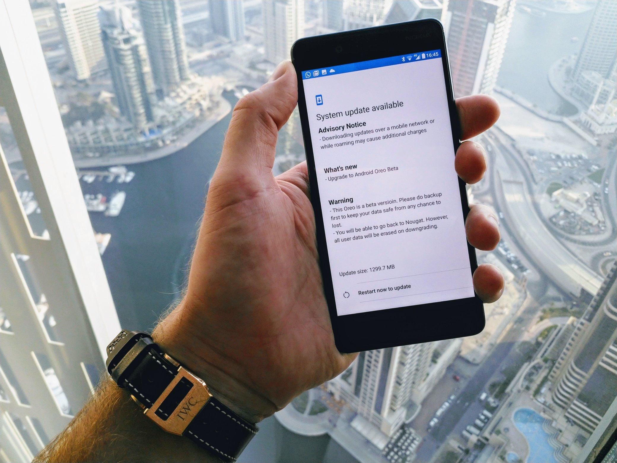 Nokia 8 : le développement de la mise à jour Android 8.0 Oreo avance bien