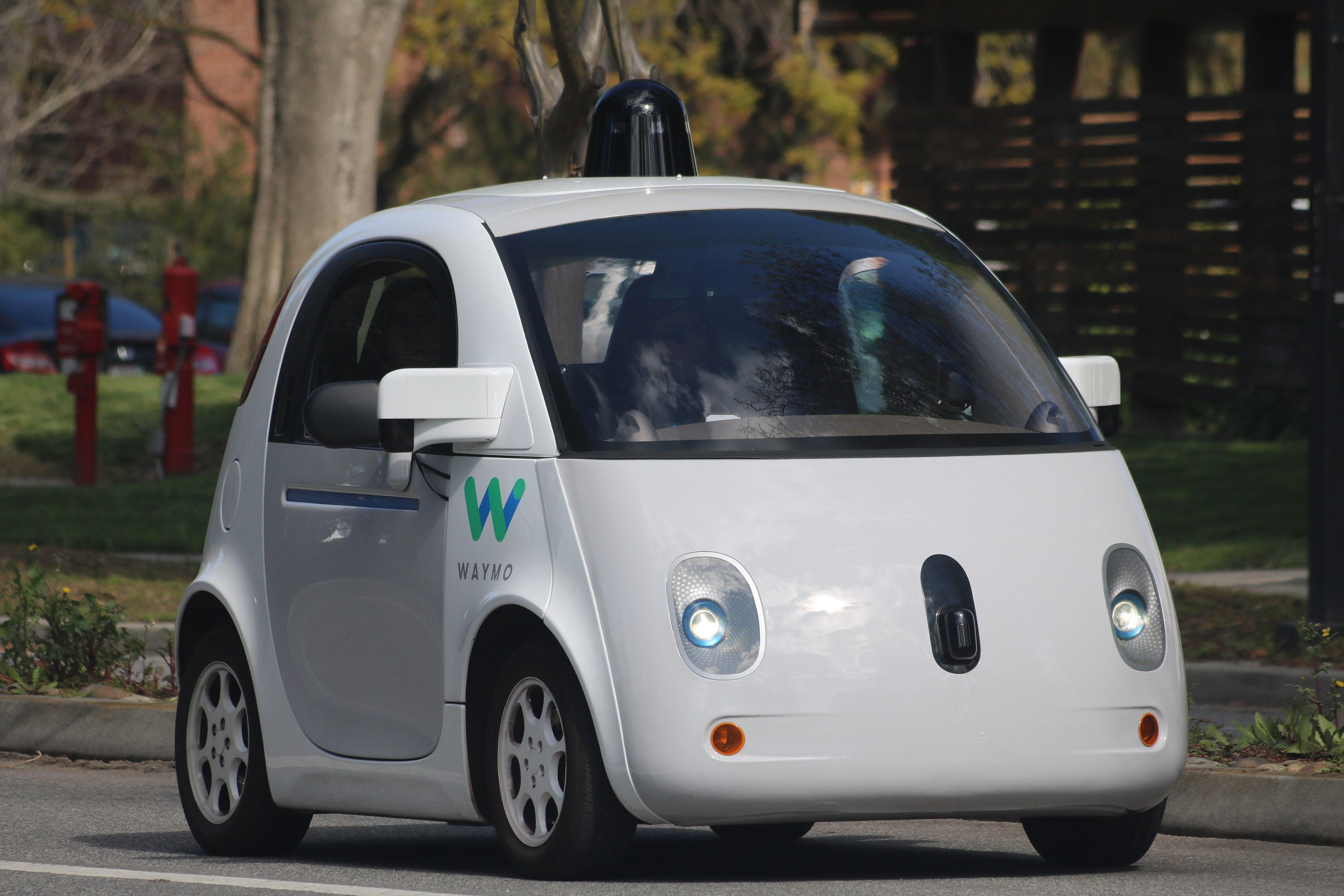 Voitures autonomes: Alphabet (Google) ne fait pas confiance à l'humain en cas de danger