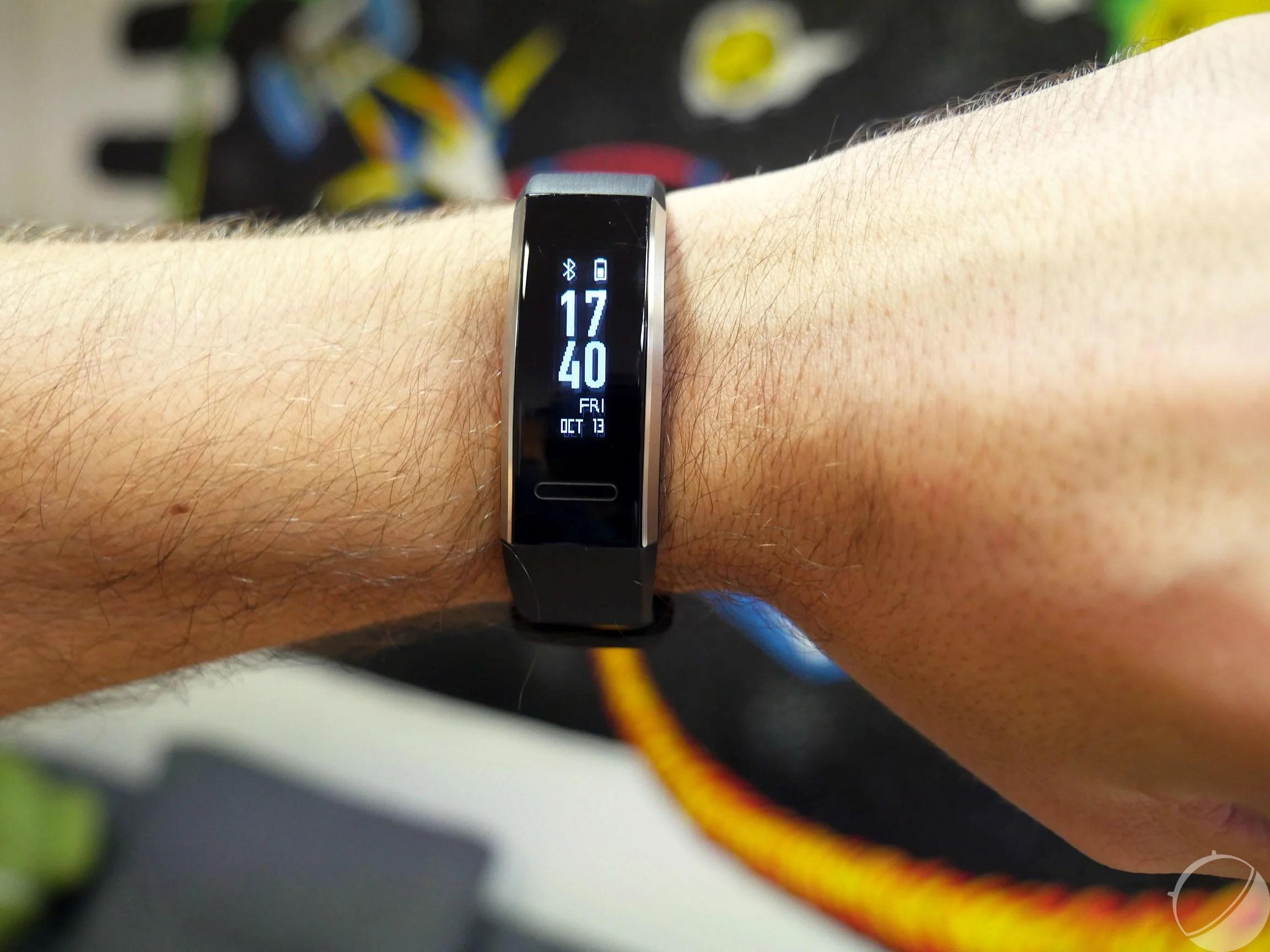 Test du Huawei Band 2 Pro : efficace et pas cher