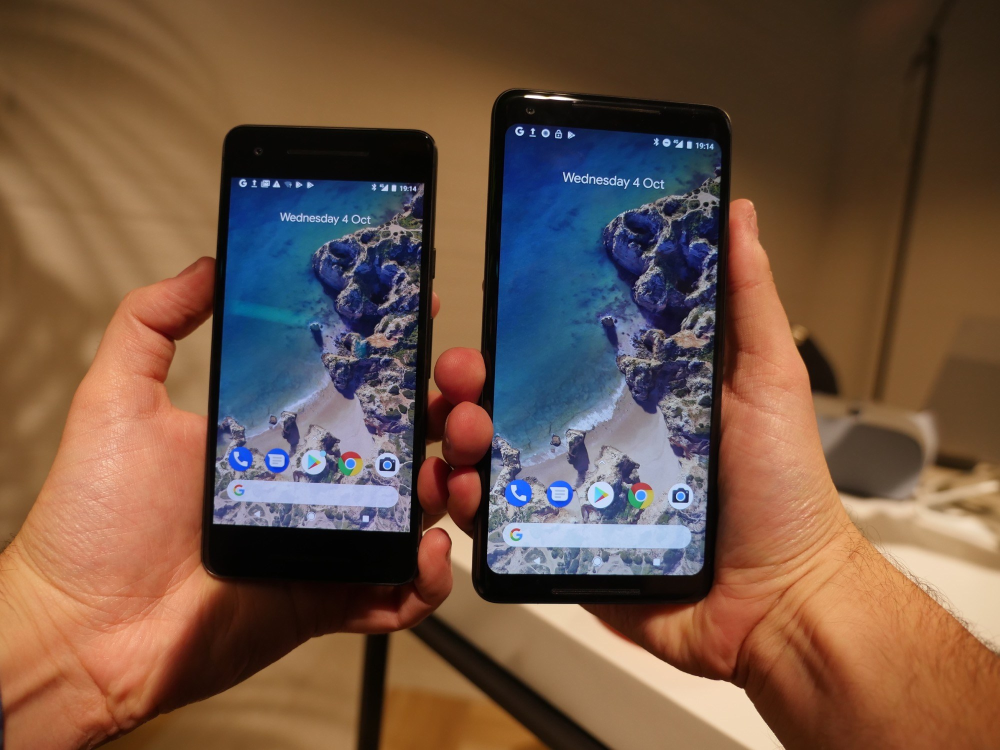 Tech'spresso : les Pixel 2, l'arrêt des ventes d'Android Wear et Google Contacts