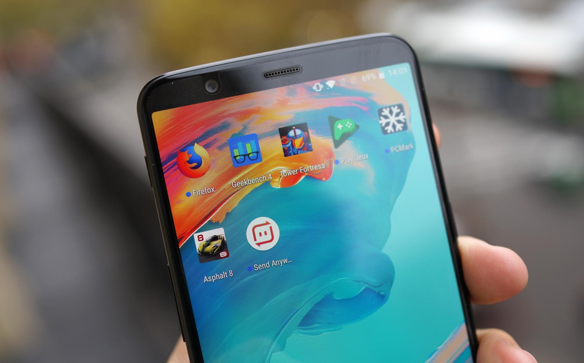 OnePlus 5T : « promis, la triche dans les benchmarks, c'est fini »