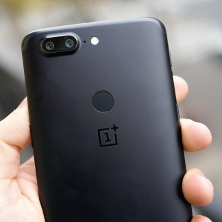 OnePlus 5 vs OnePlus 5T : la différence en photo est-elle marquée ?