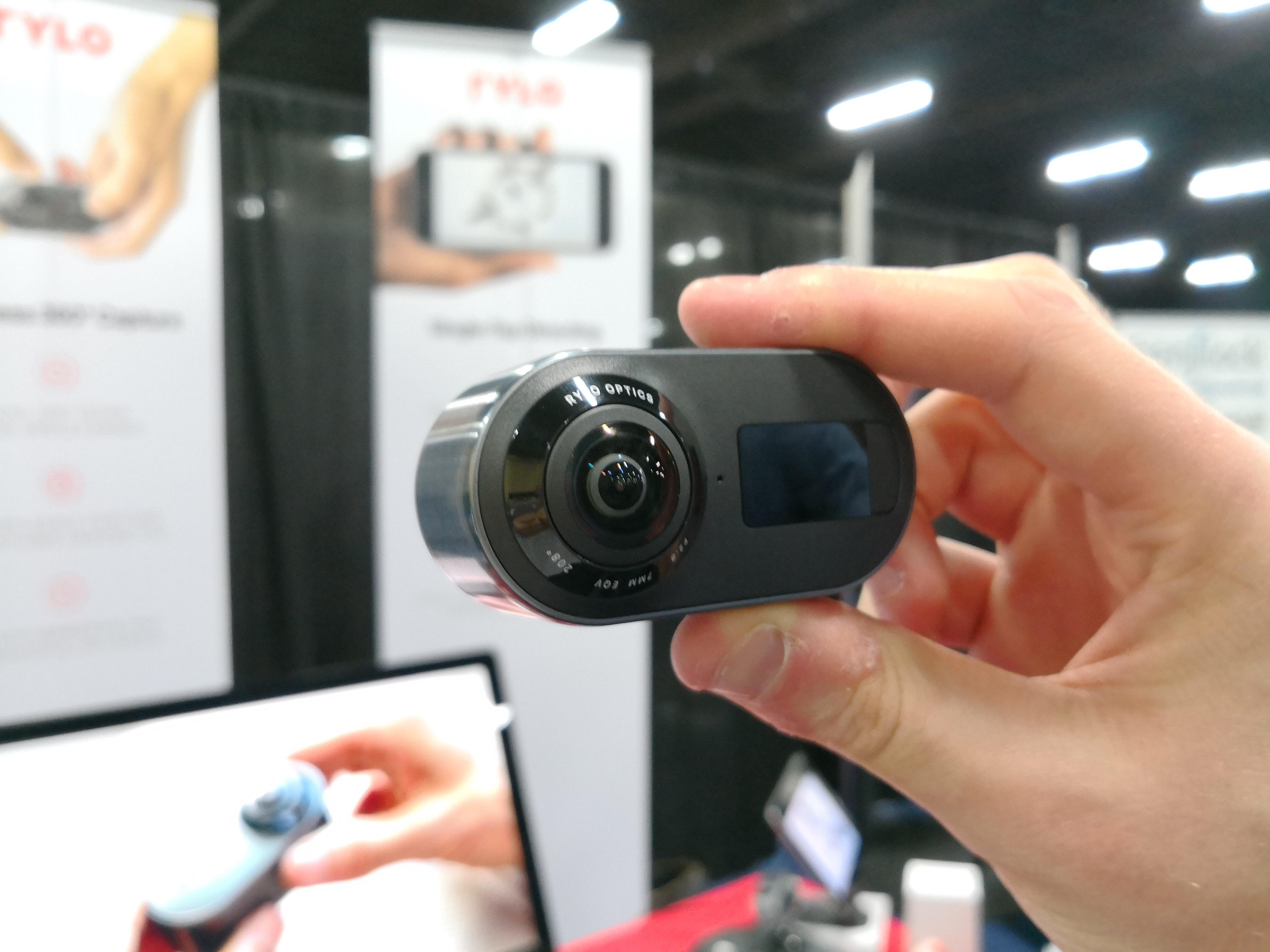CES 2018: Rylo, la petite caméra 4K à 360 degrés avec une excellente stabilisation