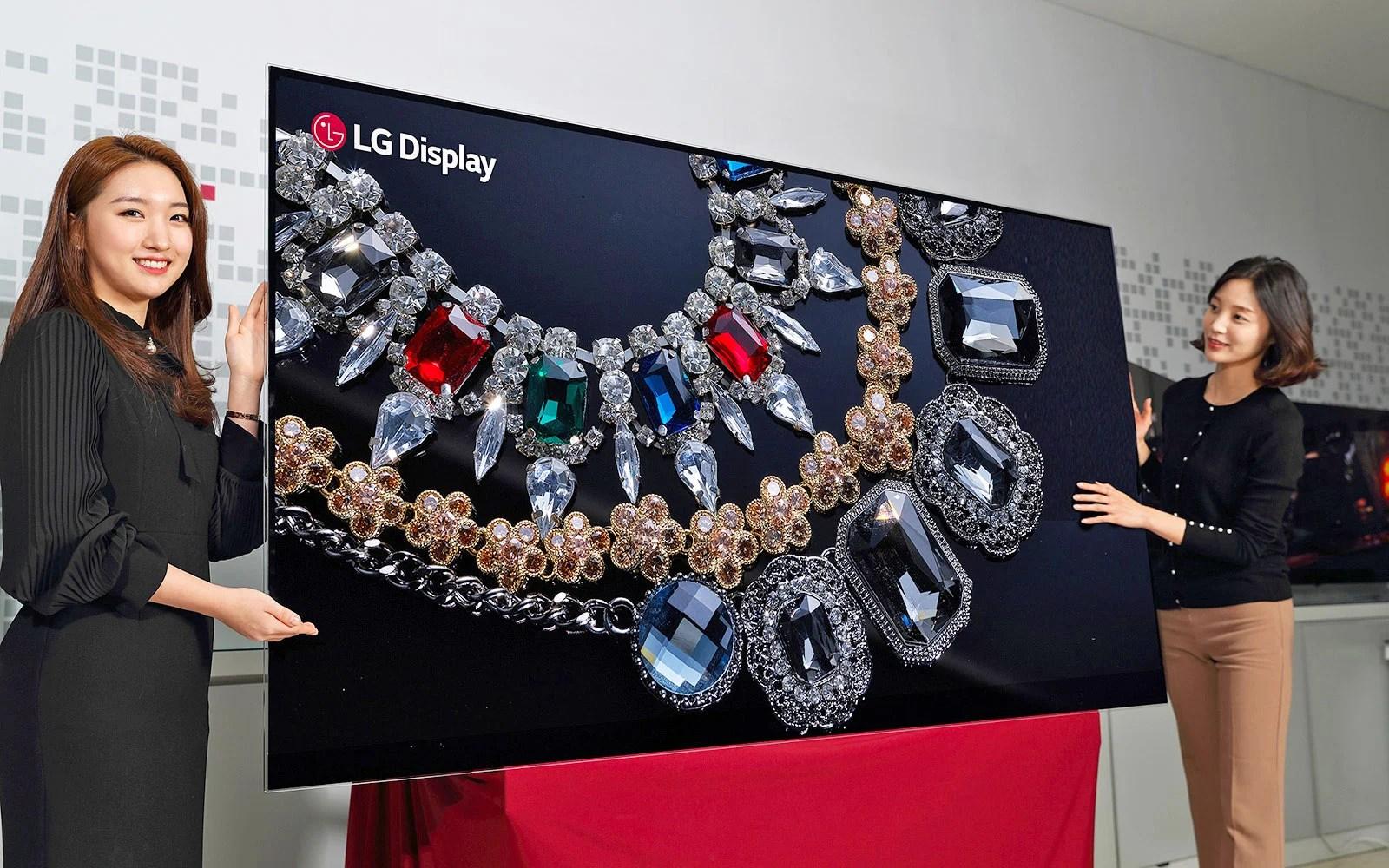 LG exhibe sa gigantesque TV OLED 8K de 88 pouces à l'IFA 2018