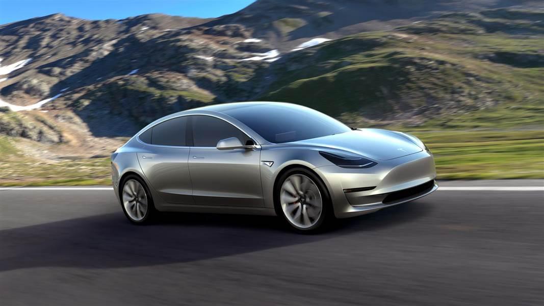 Tesla interrompt temporairement la production de Model 3