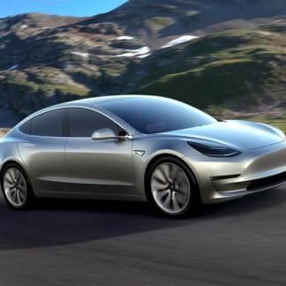 Tesla : la Model 3 prend encore du retard à cause de la Gigafactory