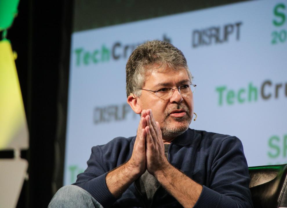Pour améliorer Siri, Apple recrute le chef de l'intelligence artificielle de Google