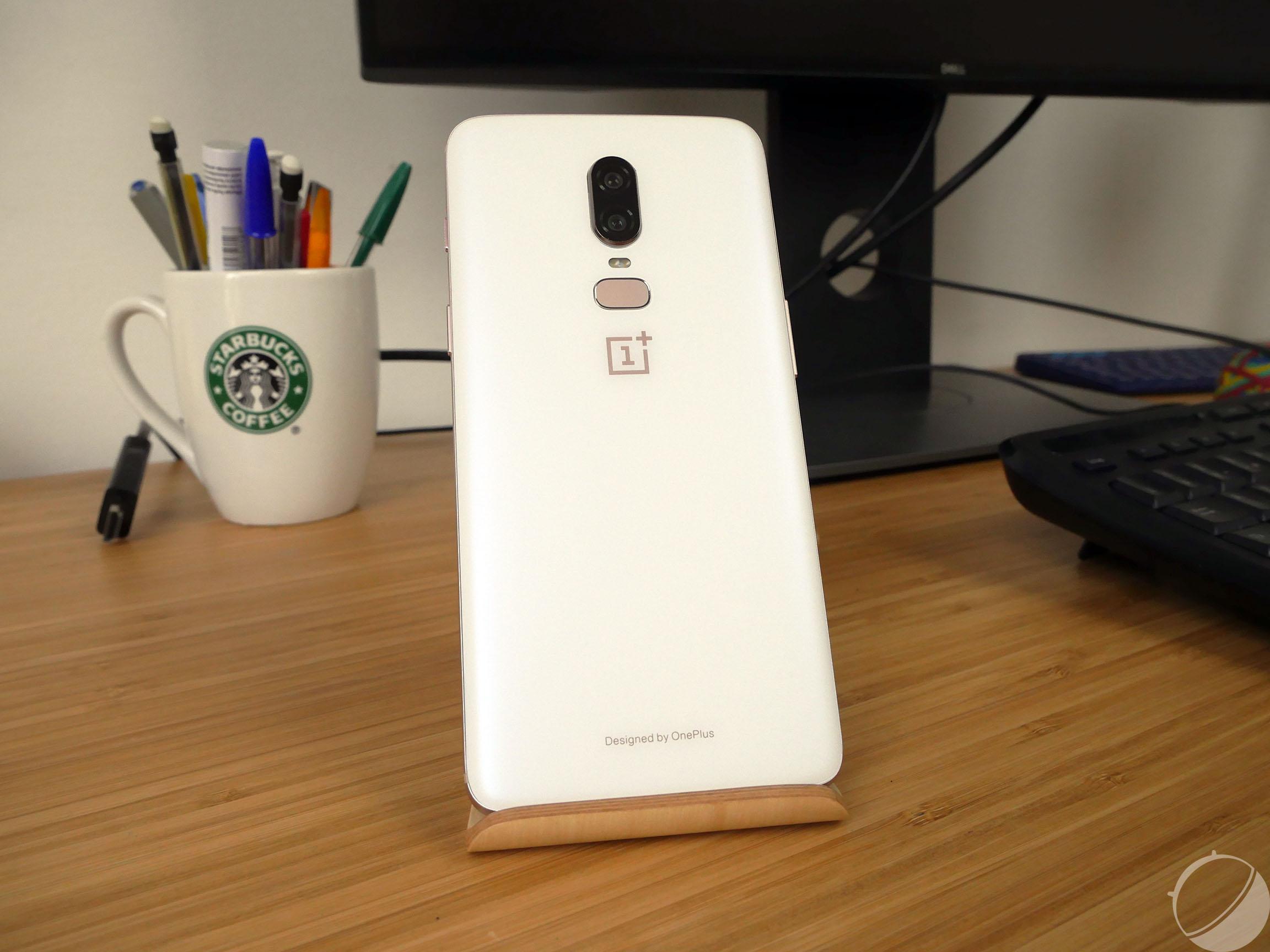 OnePlus 6 : nos photos et impressions de la version Silk White