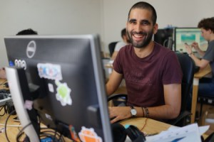 Comment devenir journaliste tech en France ?