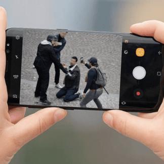 Affaire Benalla, Mamoudou Gassama, Coupe du Monde : comment le smartphone influence l'actualité française