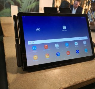 Samsung Galaxy Tab S4 officialisée : mode DeX natif, design épuré… Voici nos photos de la tablette