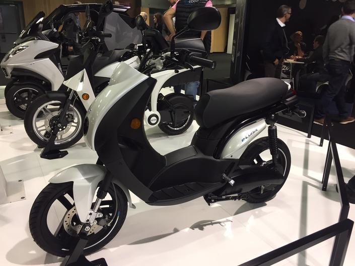 Peugeot e-Ludix, un scooter électrique 50cc pour les grands et les petits