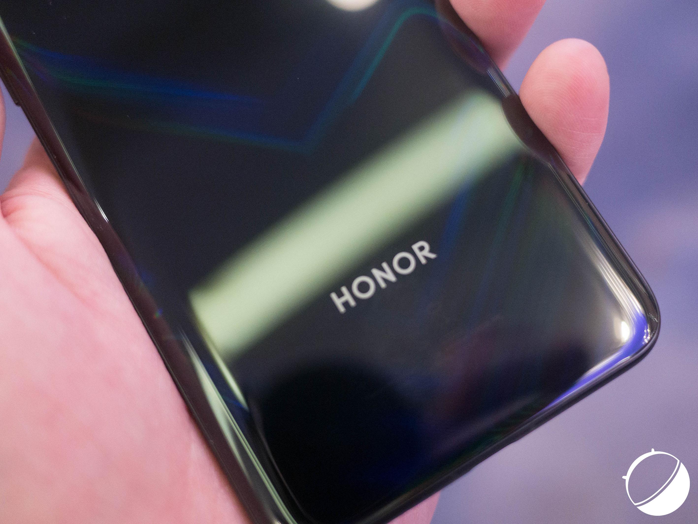 L'écran du Galaxy S10, l'annonce du Honor View 20 et Android Pie sur les smartphones Samsung – Tech'spresso