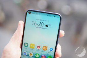 Le Honor View 30 Pro intégrerait enfin un écran OLED avec double poinçon
