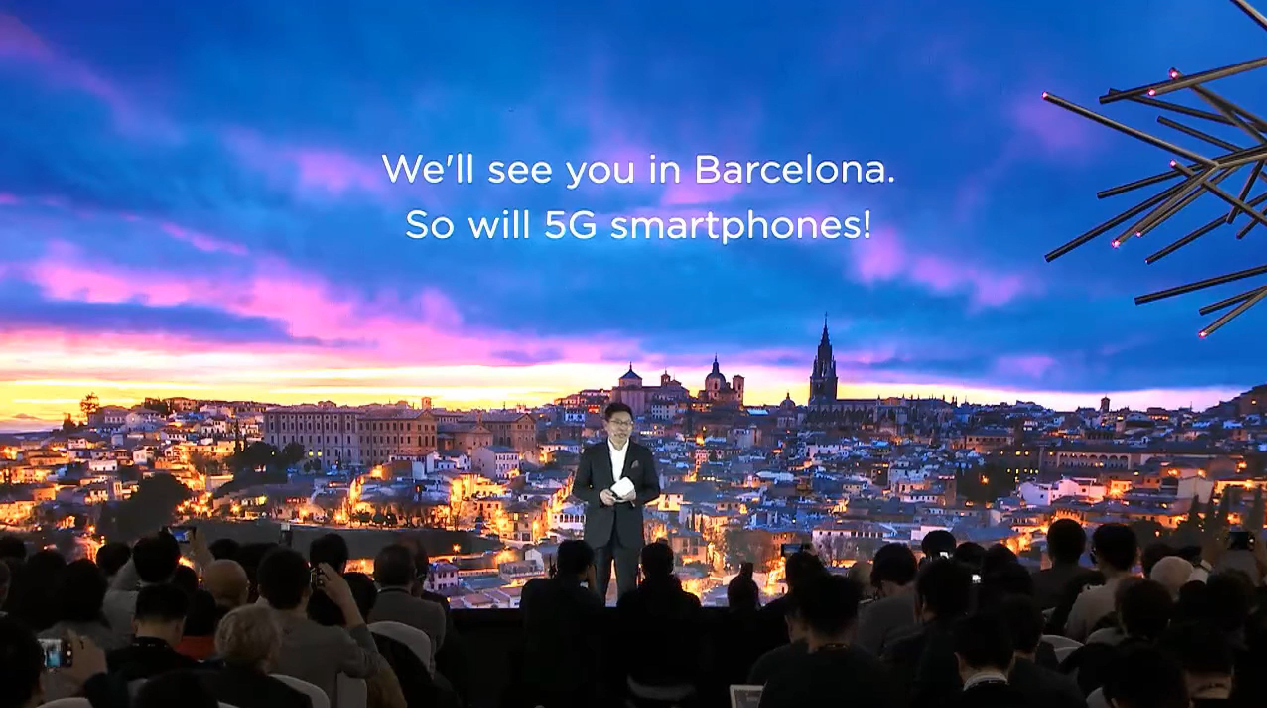 Huawei : le smartphone 5G pliable est confirmé pour le MWC 2019, et il sera très rapide