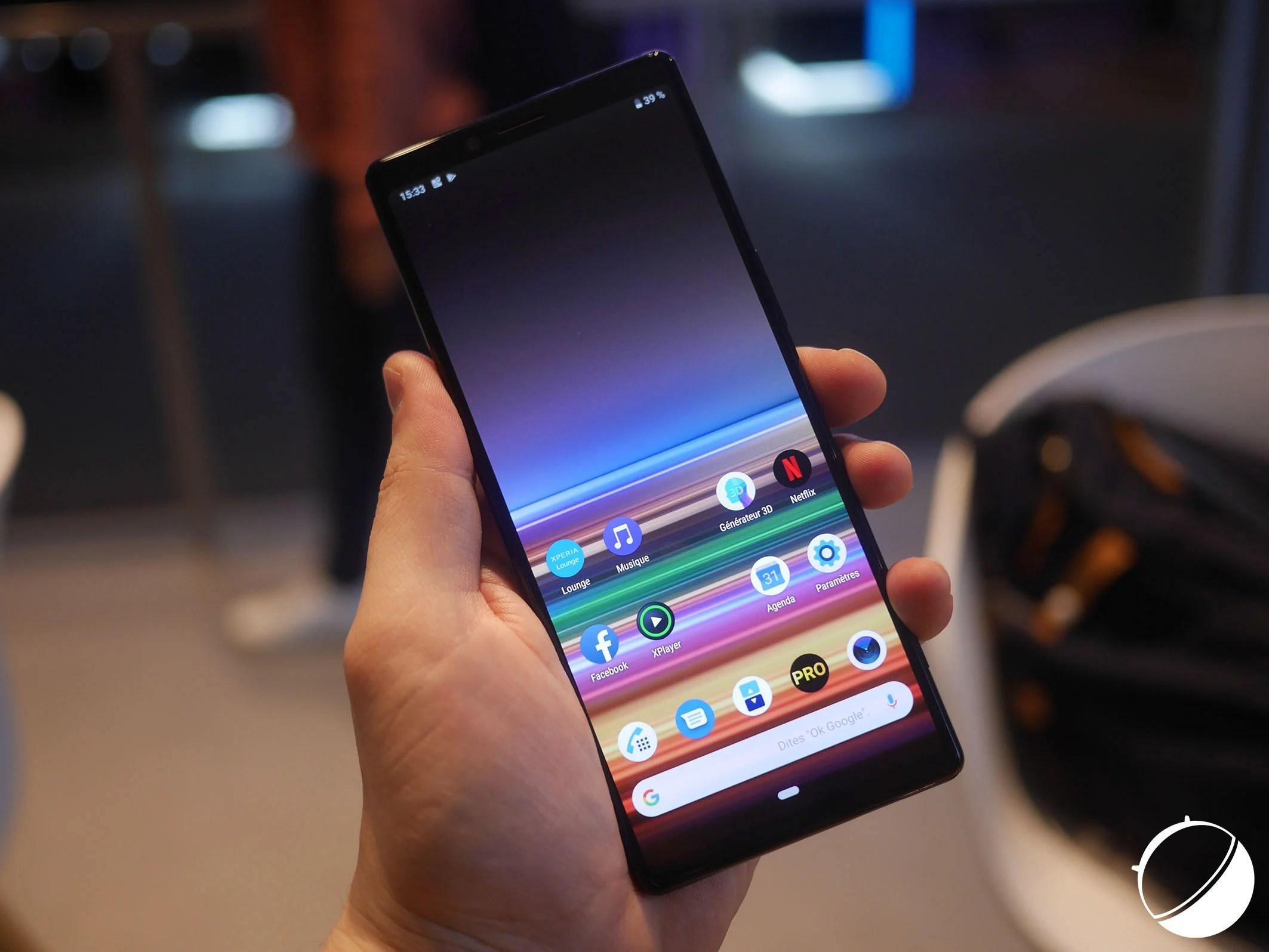 Sony Xperia F : un smartphone pliable et au format 21:9 serait en préparation