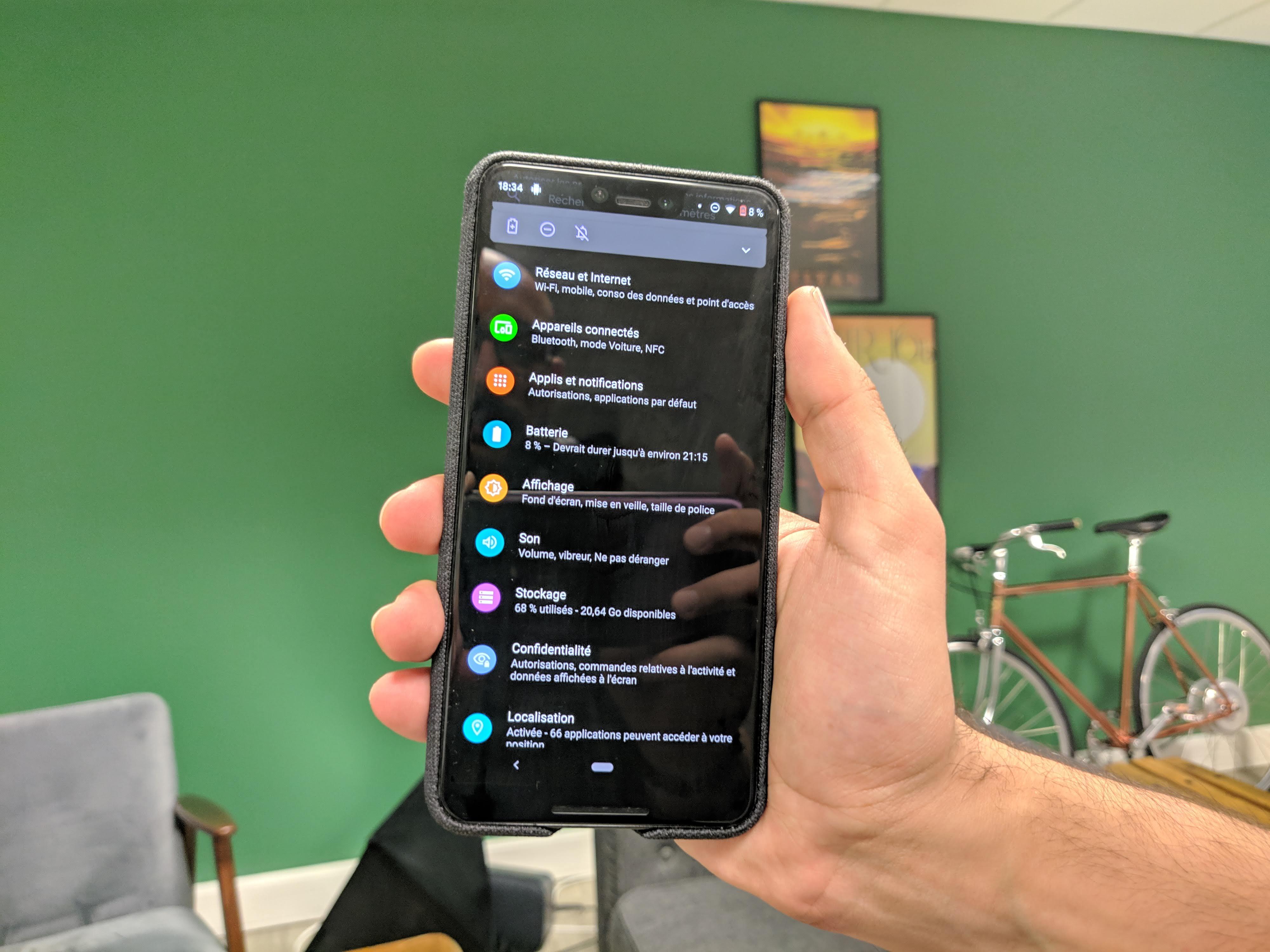 Android 10 Q : attendez-vous le thème sombre avec impatience ? – Sondage de la semaine