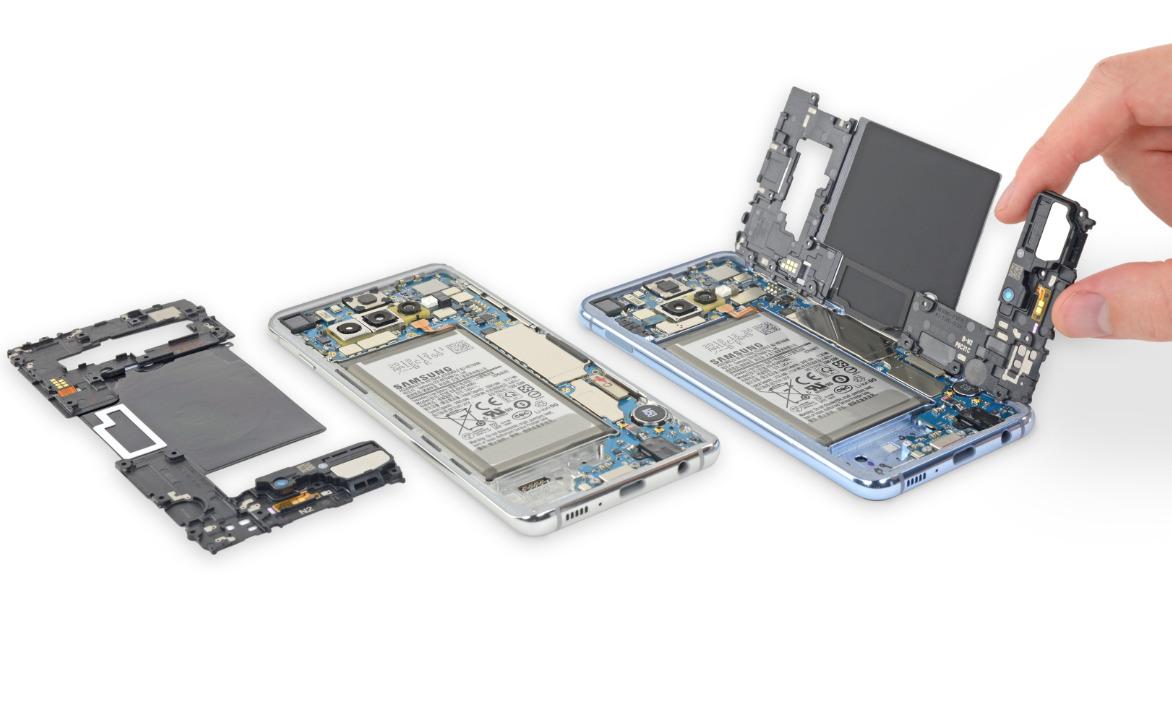 Le Samsung Galaxy S10 est moins facilement réparable que le S9, l'iPhone XS ou le Mate 20 Pro selon iFixit