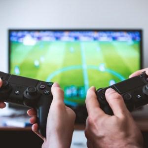 Jeux vidéo : 2,3 millions de consoles et 27,5 millions de jeux vendus en France en 2020