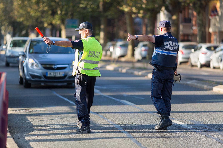 Waze, Coyote… les signalements de police vont se faire plus rares