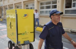 La Poste : des robots en test pour aider les facteurs à Montpellier