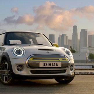 Mini Cooper SE : la nouvelle citadine électrique qui vient titiller ses rivales françaises