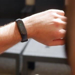 Test du Xiaomi Mi Band 4 : le bracelet qu'on ne recharge (presque) jamais