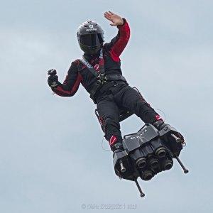 Traversée de la Manche réussie : Franky Zapata travaille déjà sur une voiture volante