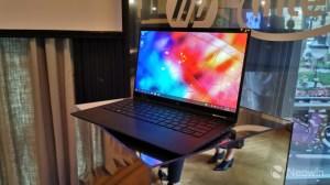 HP Elite Dragonfly : un PC de moins d'un kilo pour alléger le sac des professionnels