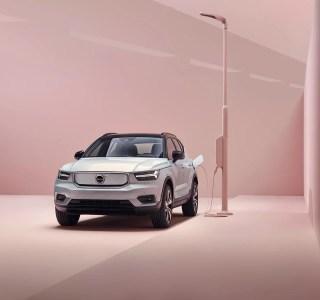 Volvo XC40 Recharge officialisé : 400 km d'autonomie et Android à bord