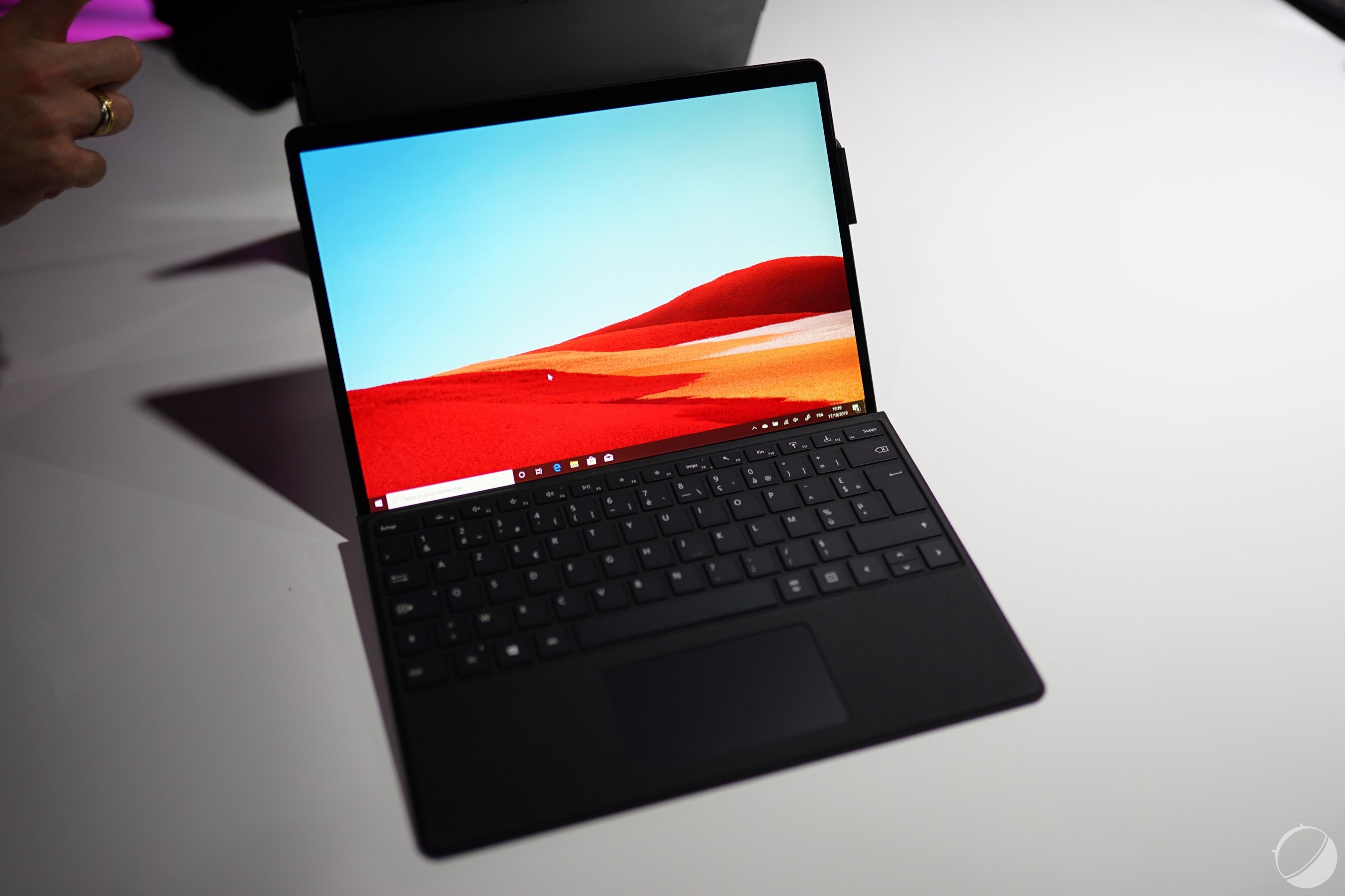 Prise en main de la Microsoft Surface Pro X: ses performances sont-elles à la hauteur de son impressionnant design?