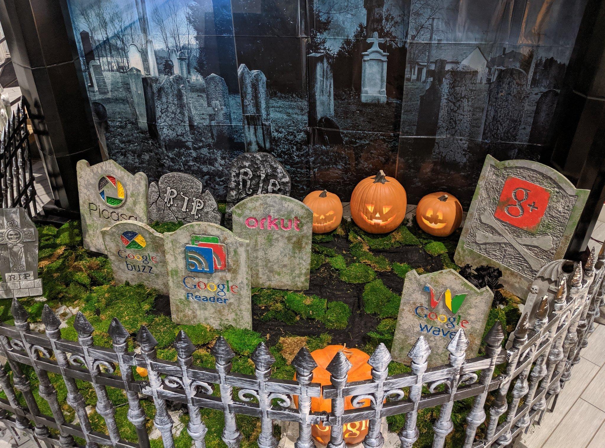 Pour Halloween, Google rend hommage à ses services fermés (Reader, G+…)
