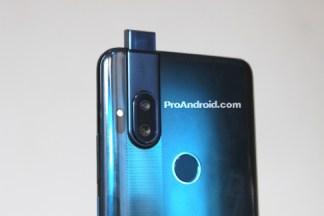 Motorola : un smartphone de la gamme One fuite avec sa caméra pop-up