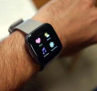 Fitbit annonce que ses bracelets peuvent détecter le Covid-19 avant les premiers symptômes