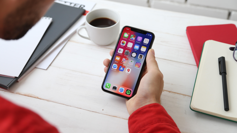 iPhone : ce n'est pas demain que vous pourrez remplacer Safari, Messages, Appareil photo…