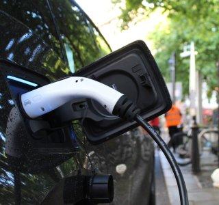 Voiture électrique : le prix de la recharge sur Autoroute va dépasser celui du plein d'essence chez Ionity