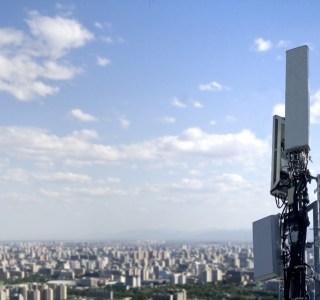 Internet mobile: les opérateurs ont augmenté leur débit de 50% en un an