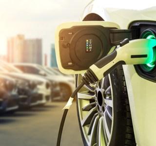 Voitures électriques : le bonus écologique devrait baisser dès l'année prochaine