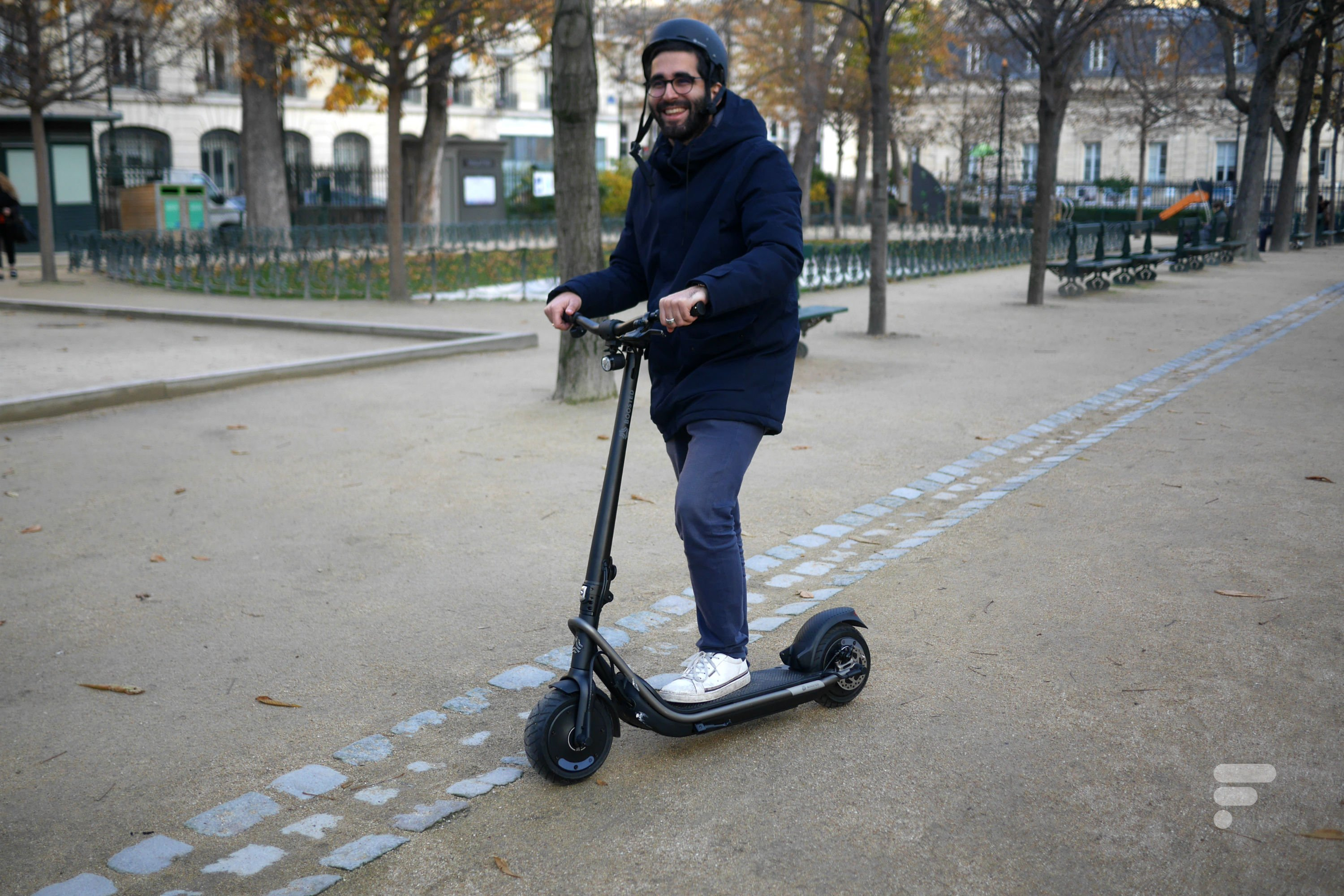 Test de la Boosted REV : la trottinette qui vend du rêve