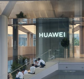 Huawei vs USA : vers un embargo durci pour freiner la production de smartphones