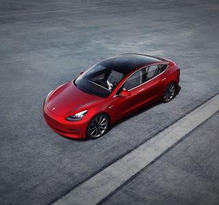 Tesla Model 3 : un pack circuit à 5500 dollars pour les amateurs de sensations fortes